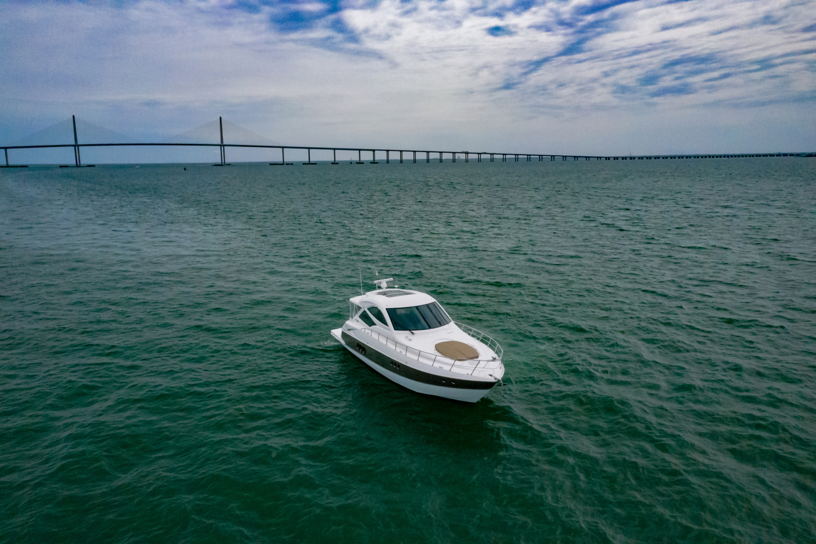 Cruisers-540 Coupe 2014-Galati Yacht Sales Trade Destin-Florida-United States-2014 Cruisers 540 Coupe-1417883 | Thumbnail