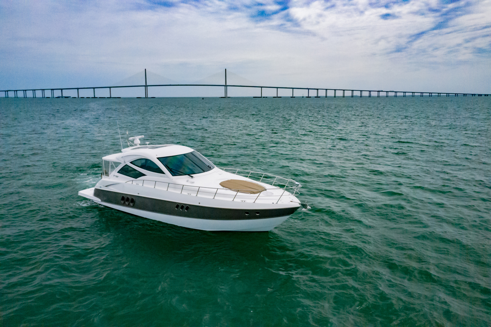 Cruisers-540 Coupe 2014-Galati Yacht Sales Trade Destin-Florida-United States-2014 Cruisers 540 Coupe-1417887 | Thumbnail