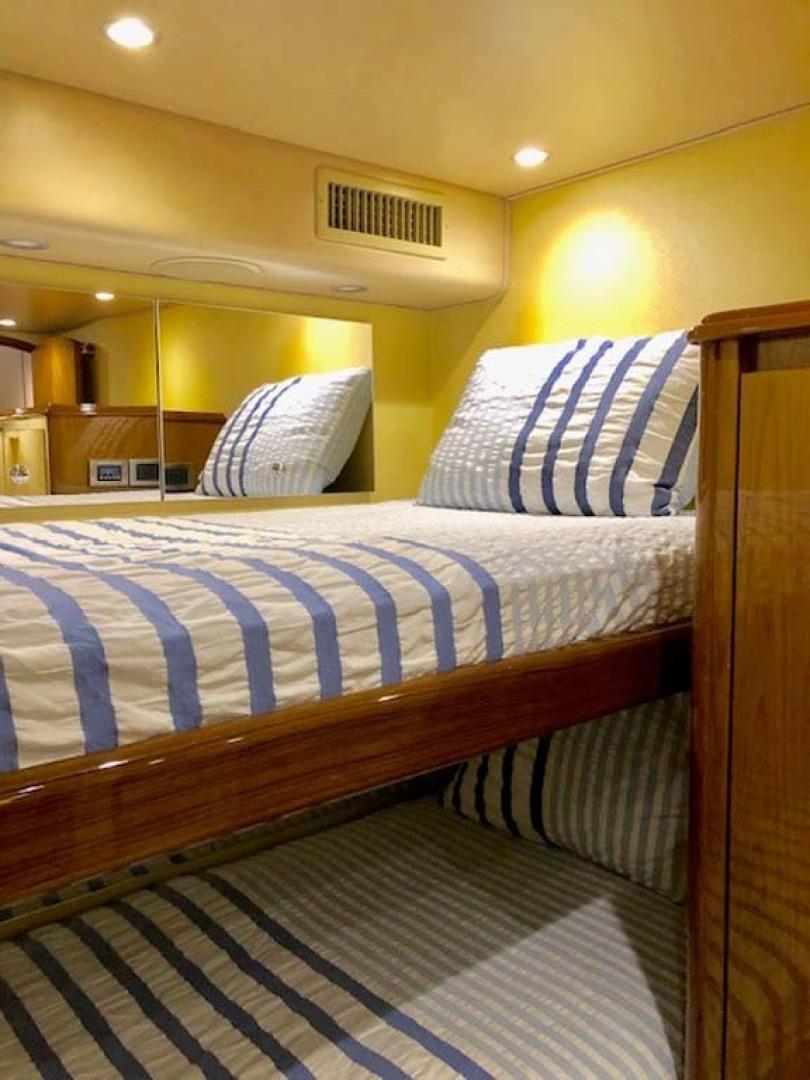 Viking-Enclosed Bridge 2012-Aldente Destin-Florida-United States-Guest Bunks-1130932 | Thumbnail