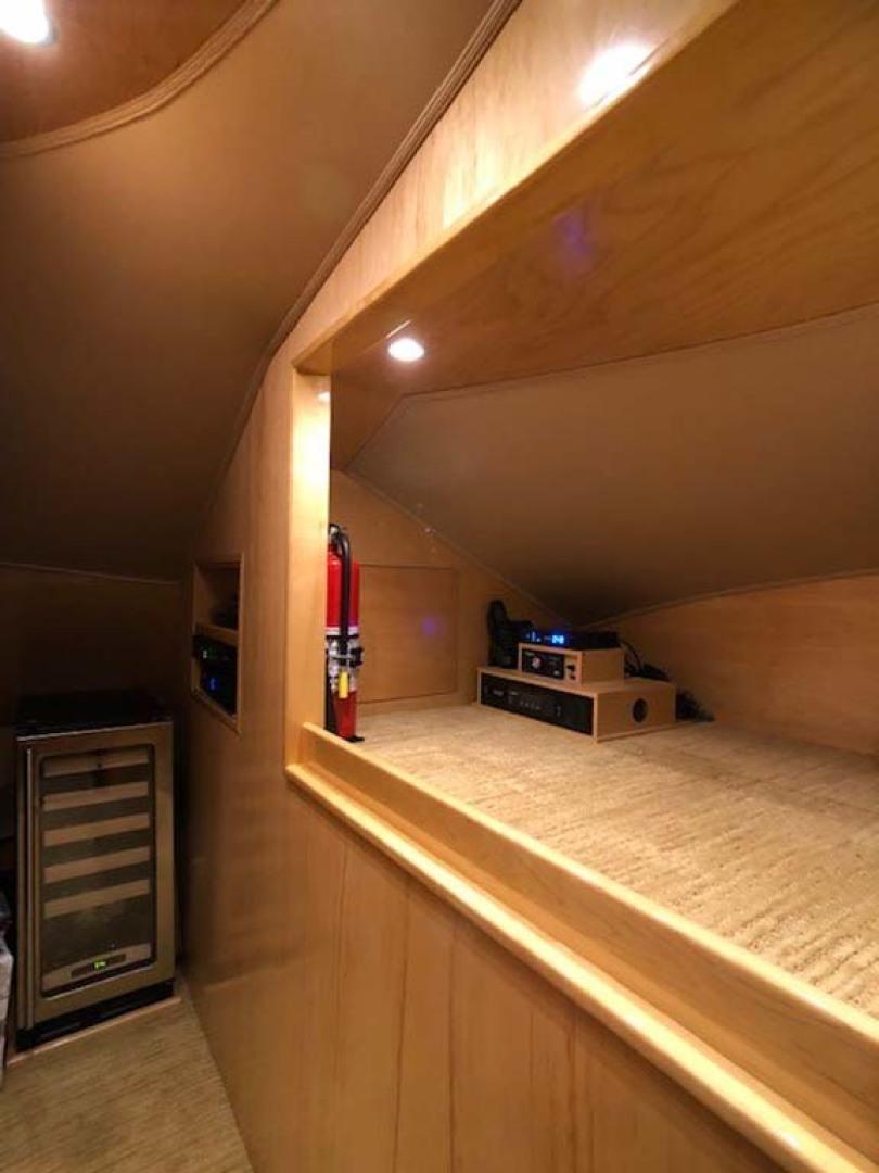 Viking-Enclosed Bridge 2012-Aldente Destin-Florida-United States-Wine Cooler-1130922 | Thumbnail
