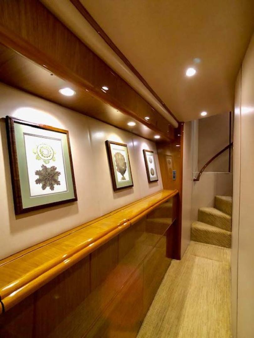 Viking-Enclosed Bridge 2012-Aldente Destin-Florida-United States-Hallway-1130923 | Thumbnail