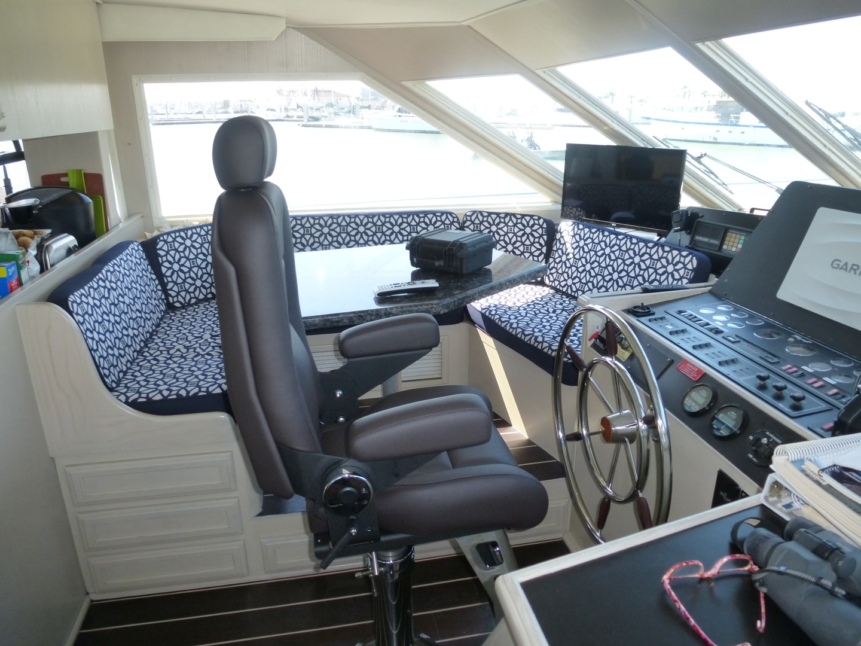 Tollycraft-57 Motor Yacht 1995-K Sea Port Aransas-Texas-United States-Tollycraft Motor Yacht 1995 K Sea Helm-1134023 | Thumbnail