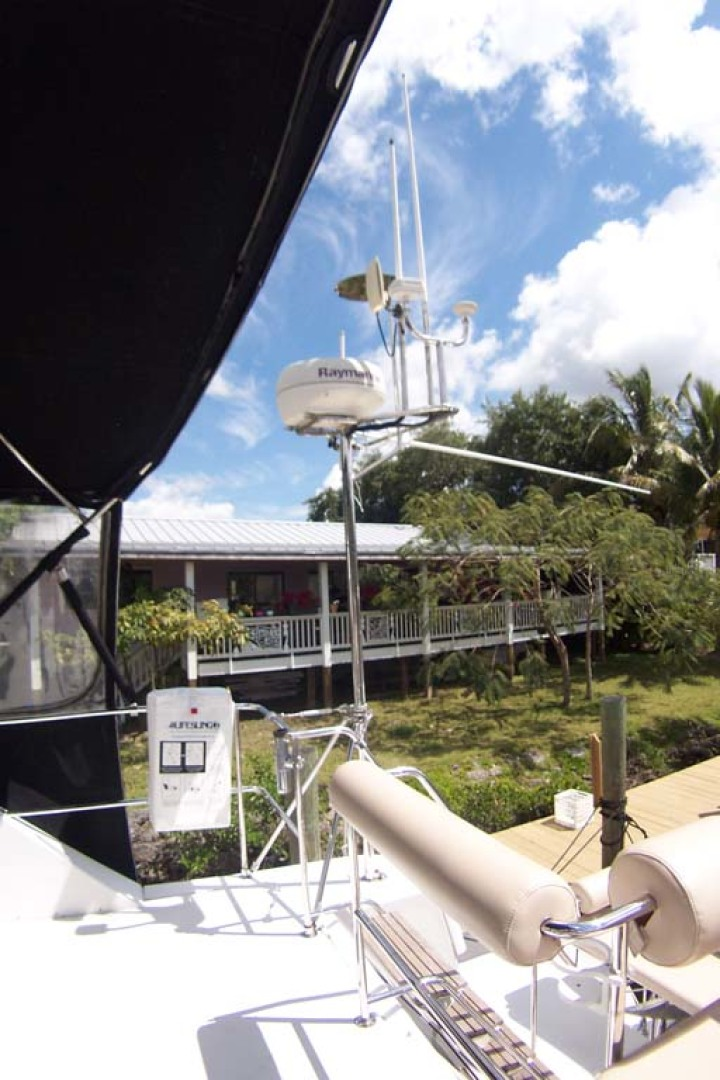 PDQ-MV34 2003-Easy Riders Stuart-Florida-United States-5a Sturdy Mast Lowers-1139509 | Thumbnail
