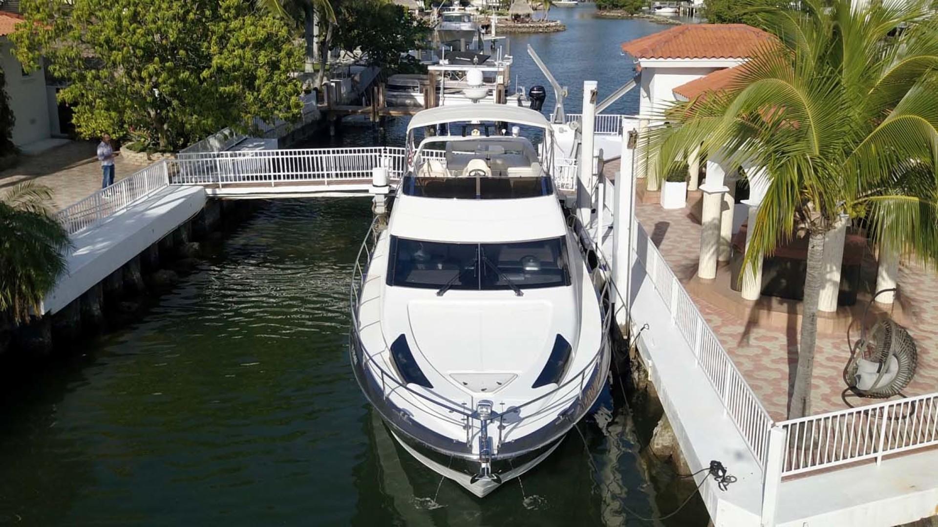 Marquis-500 Sport Bridge 2011-Helen Sunny Isles Beach-Florida-United States-Bow-1146724 | Thumbnail