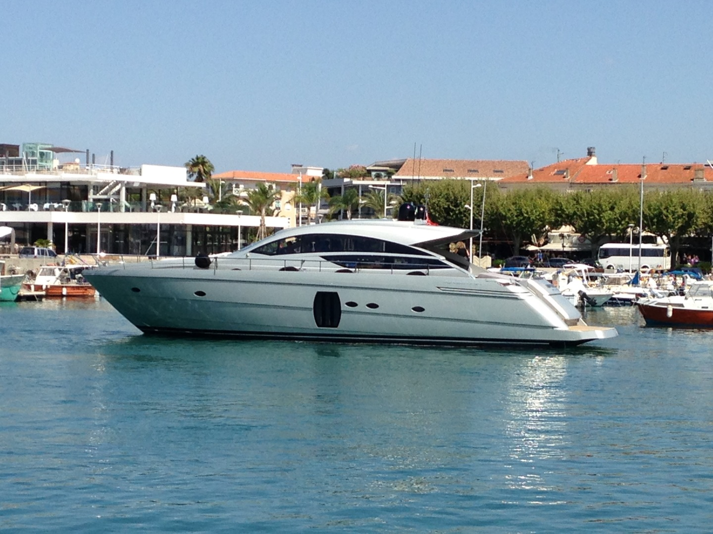 Picture Of: 64' Pershing 64 2010 Yacht For Sale | 2 of 27
