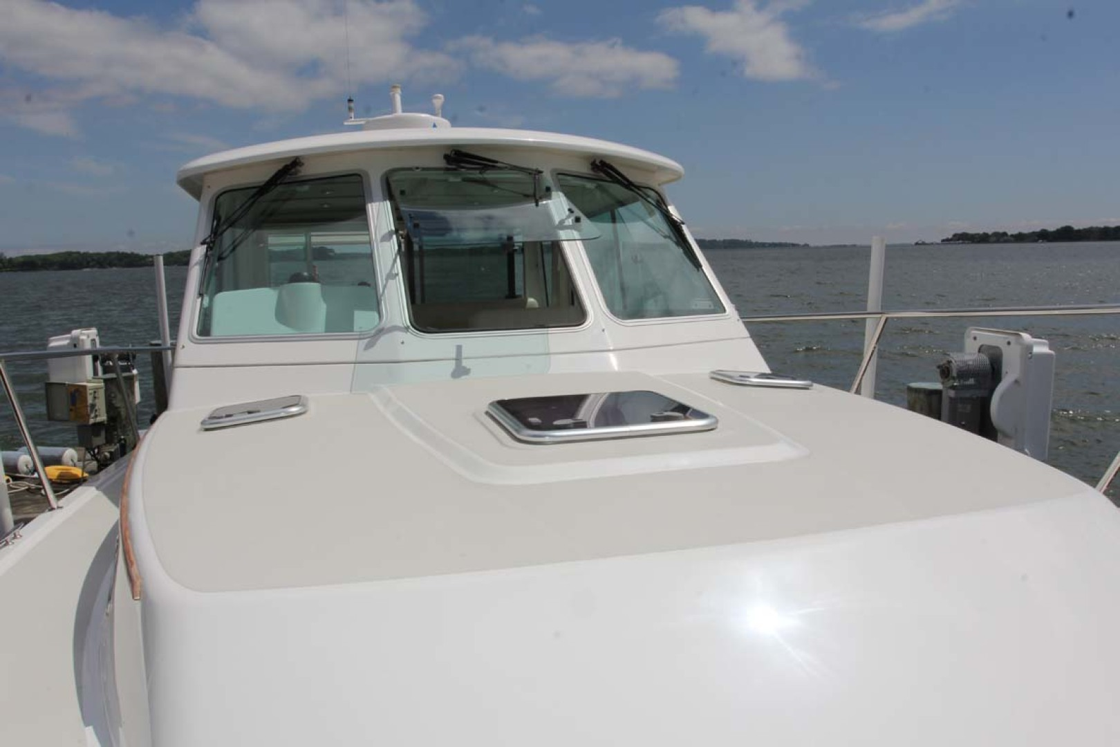 Back Cove-34 2015-Blue Chip Arnold-Maryland-United States-Foredeck Looking Aft-1152201 | Thumbnail
