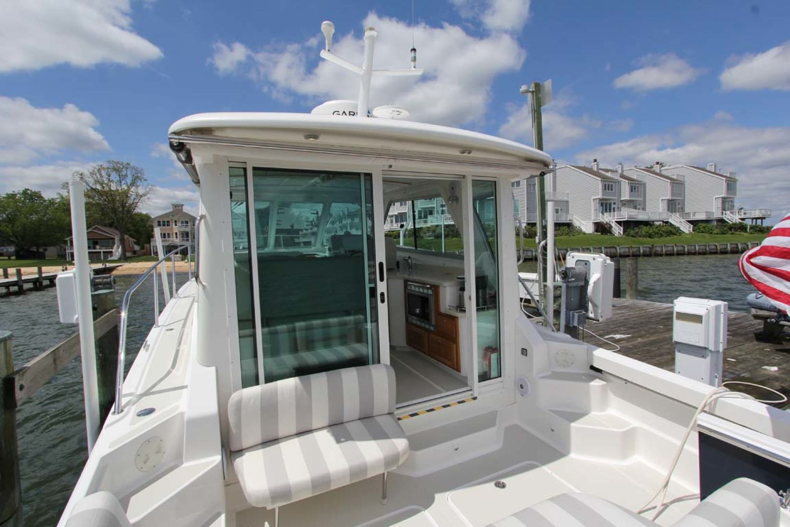Back Cove-34 2015-Blue Chip Arnold-Maryland-United States-Cockpit Sunshade Retracted-1152209 | Thumbnail