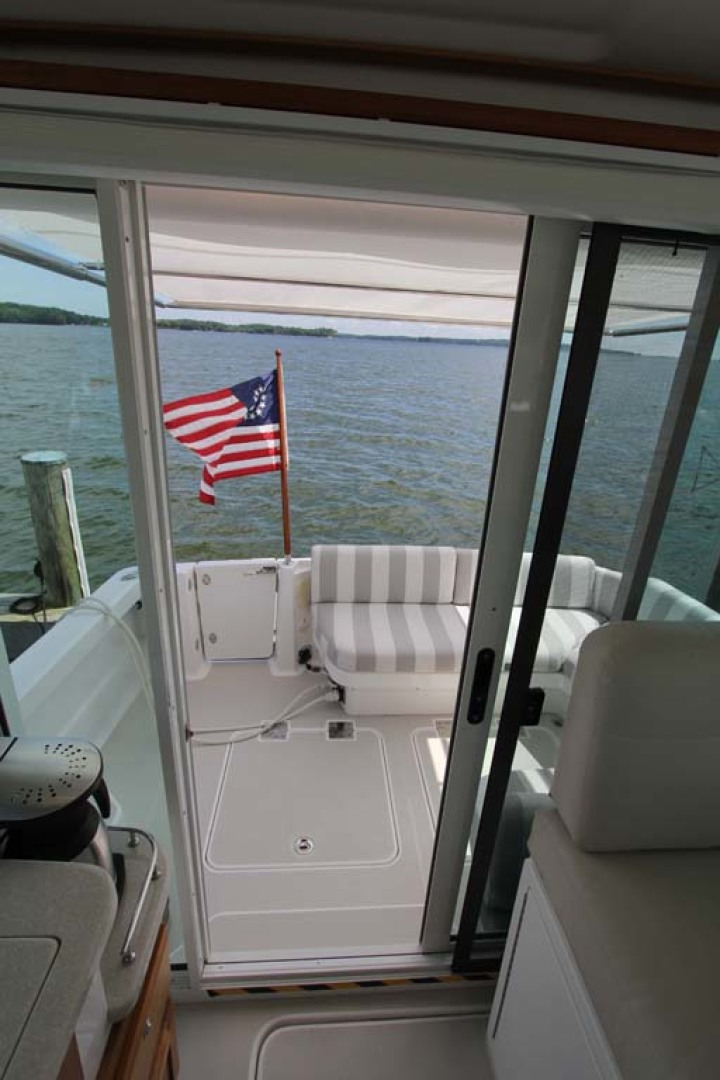 Back Cove-34 2015-Blue Chip Arnold-Maryland-United States-To Cockpit-1152197 | Thumbnail