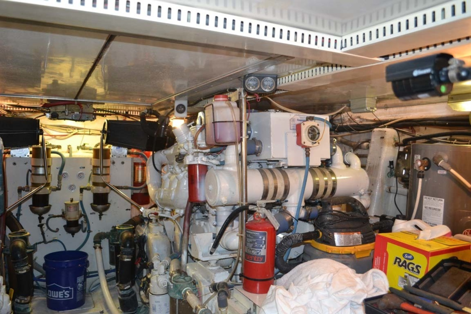 Gulfstar-Motor Yacht 1987-Philos Palm Coast-Florida-United States-Engine Room-1345079 | Thumbnail