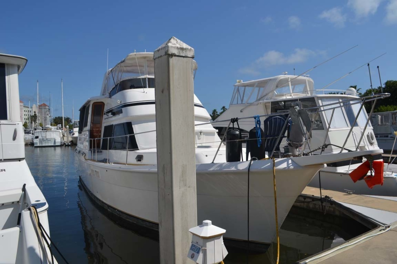 Gulfstar-Motor Yacht 1987-Philos Palm Coast-Florida-United States-Starboard Bow-1345058 | Thumbnail