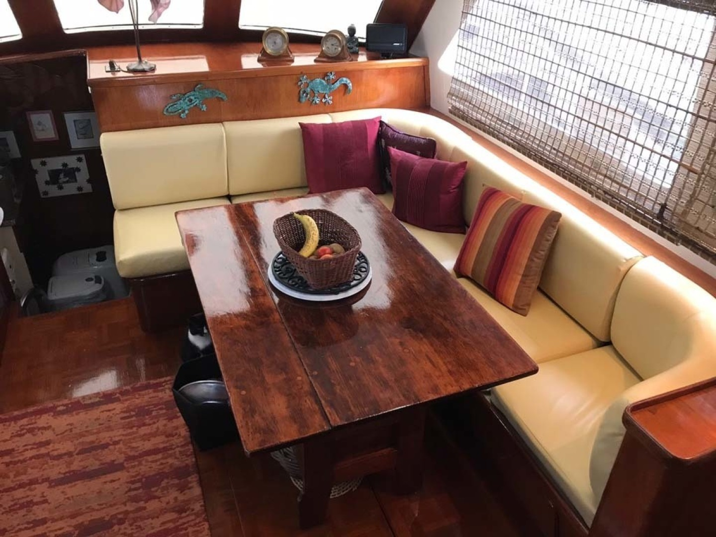 Gulfstar-Motor Yacht 1987-Philos Palm Coast-Florida-United States-Dinette-1345034 | Thumbnail