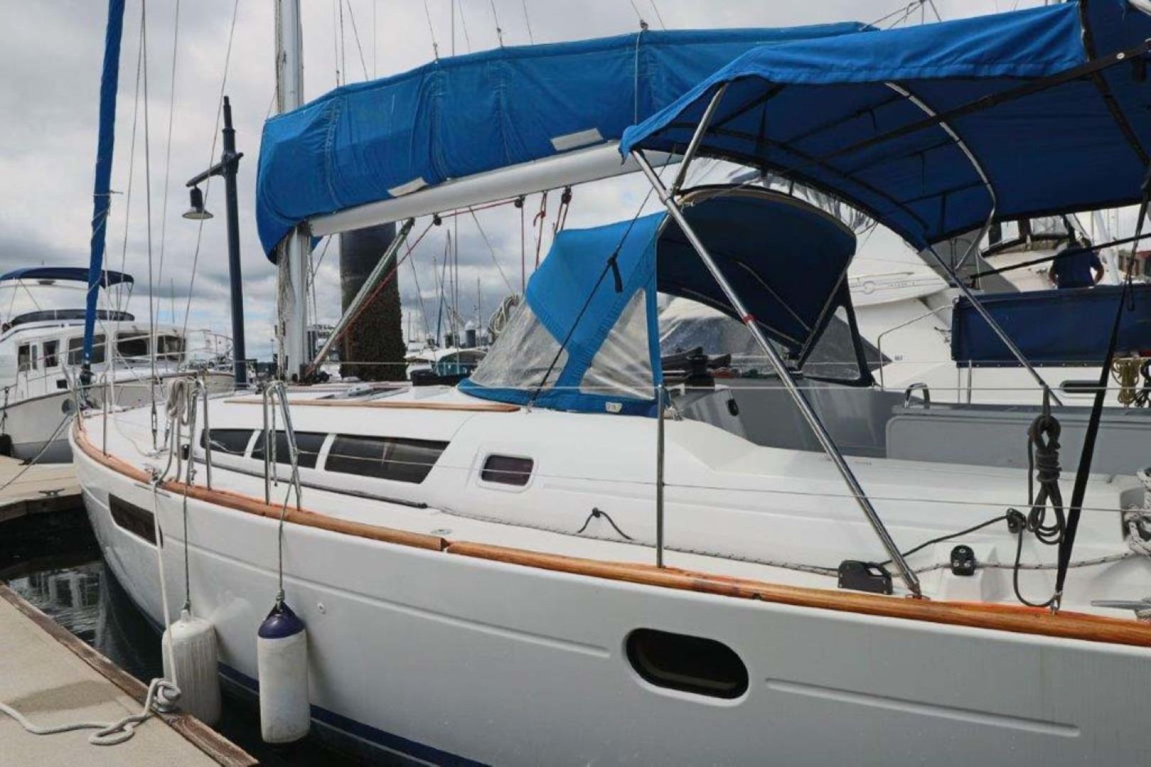 Jeanneau-Sun Odyssey 44i 2010-Intrigue Poulsbo-Washington-United States-Port Side View-1153340 | Thumbnail