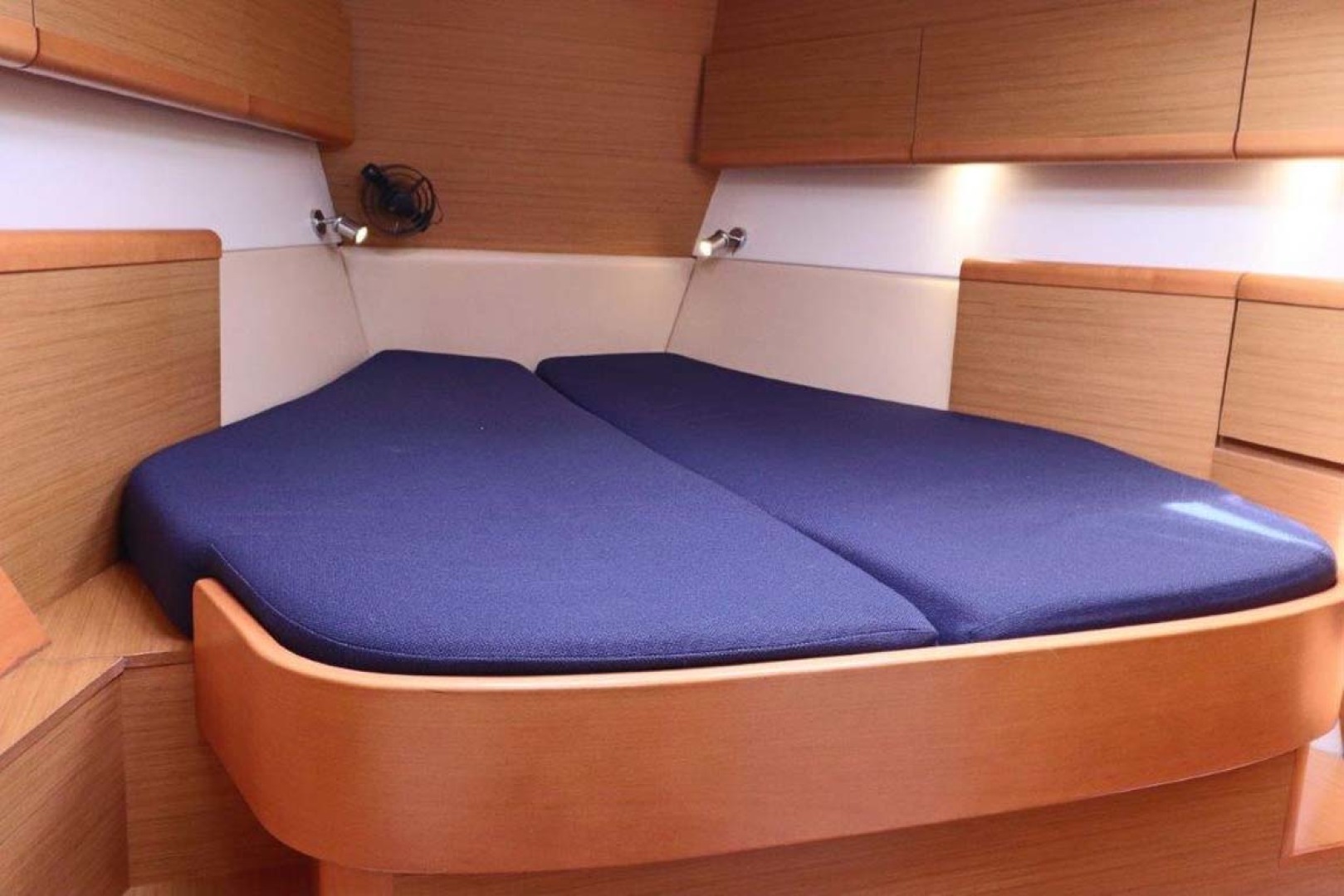 Jeanneau-Sun Odyssey 44i 2010-Intrigue Poulsbo-Washington-United States-Master Berth-1153327 | Thumbnail