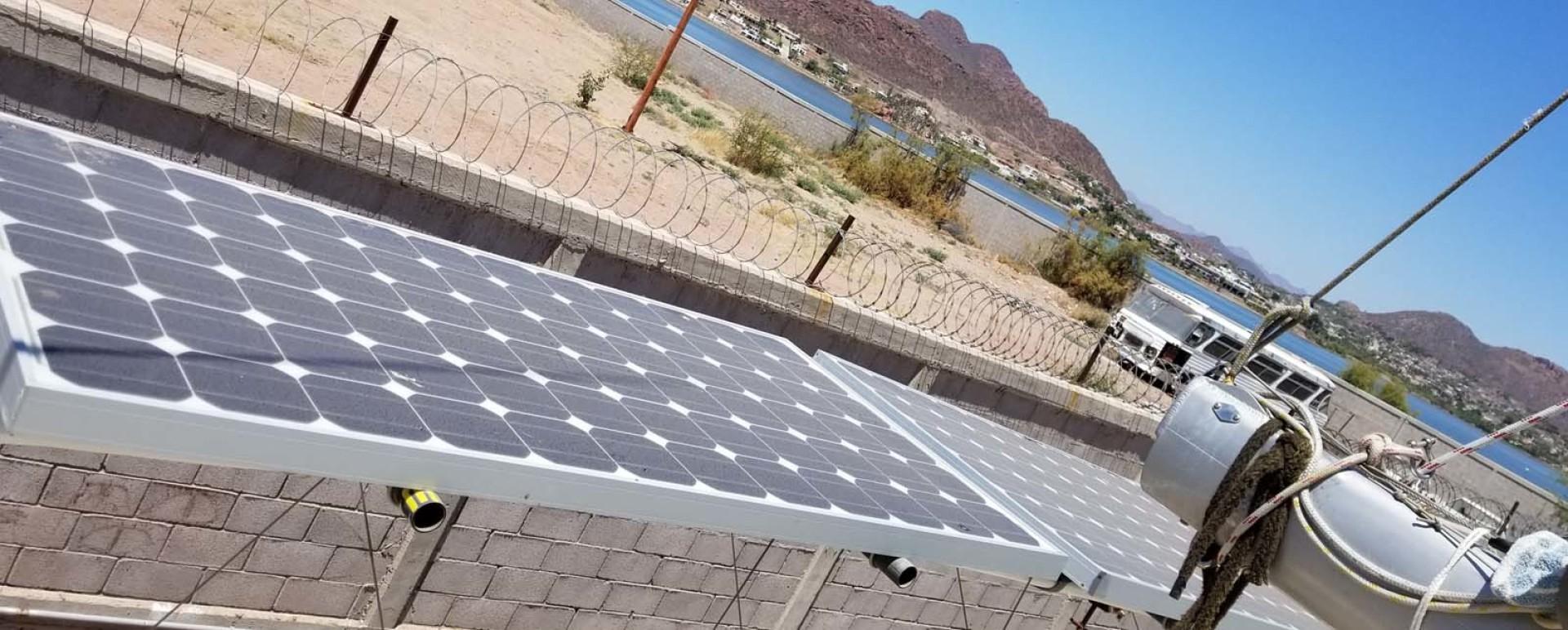 Farrier-44 SC 2014-Mariana Guaymas, SONORA-Mexico-Solar Panel-1159496 | Thumbnail