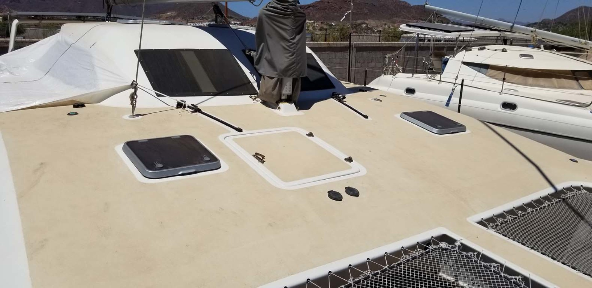 Farrier-44 SC 2014-Mariana Guaymas, SONORA-Mexico-Starboard Side Cabin Top-1159486 | Thumbnail