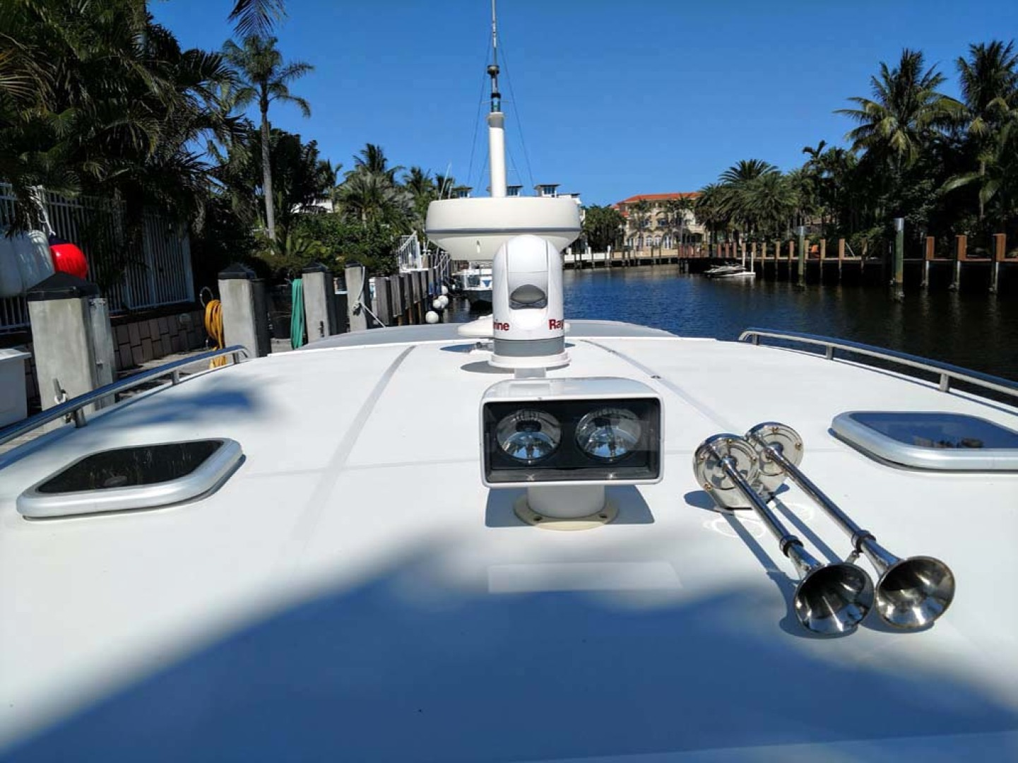 Pearson-True North Heritage 38 2005-OVERTIME Lauderdale By The Sea-Florida-United States-Raymarine And Horns-1164932 | Thumbnail