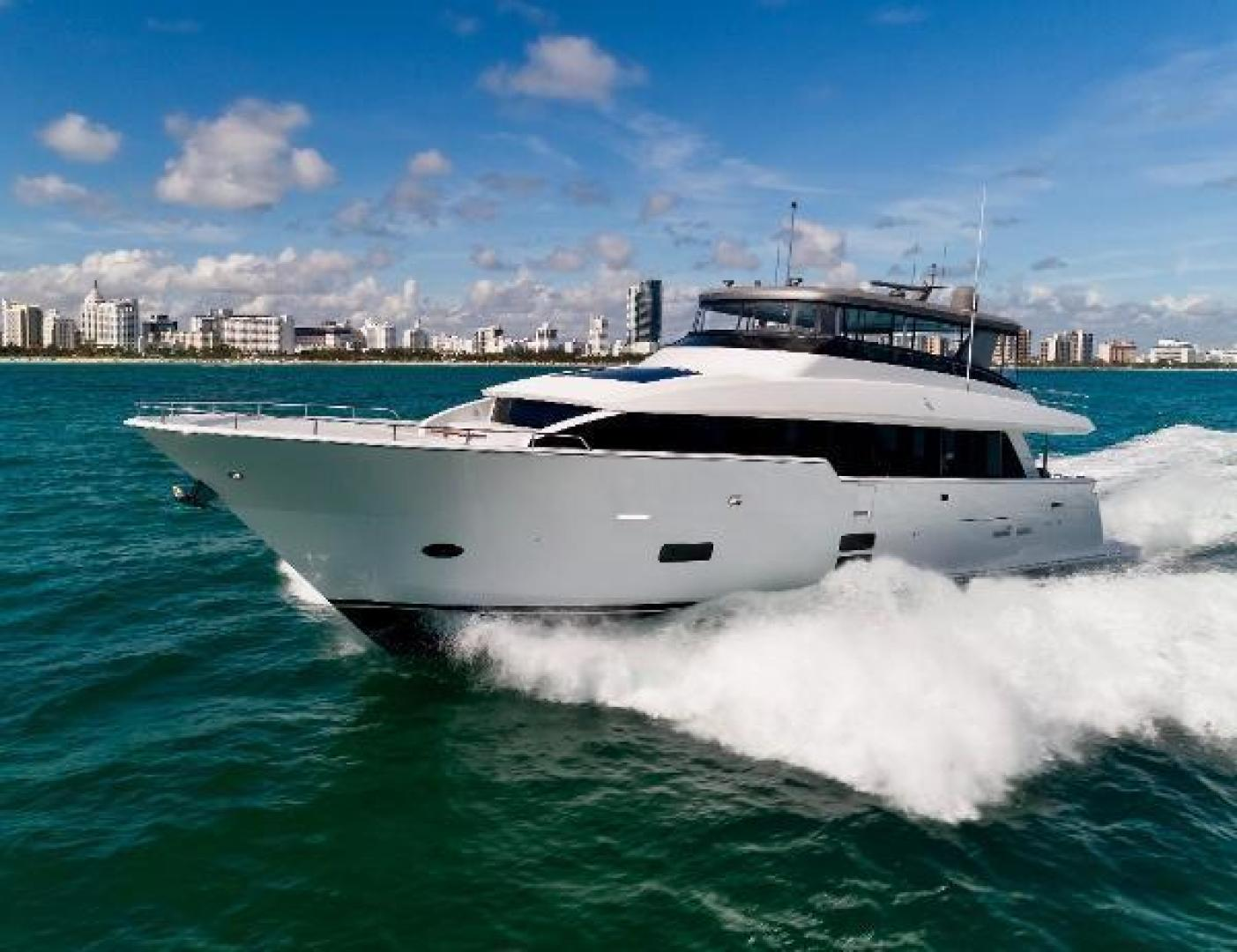 Picture Of: 90' Hatteras M90 2018 Yacht For Sale | 2 of 108
