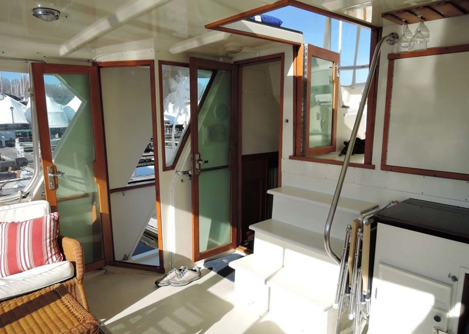 Hatteras-Cockpit Motoryacht 1983-Southern Cross Essex-Connecticut-United States-Aft Deck-1155705 | Thumbnail