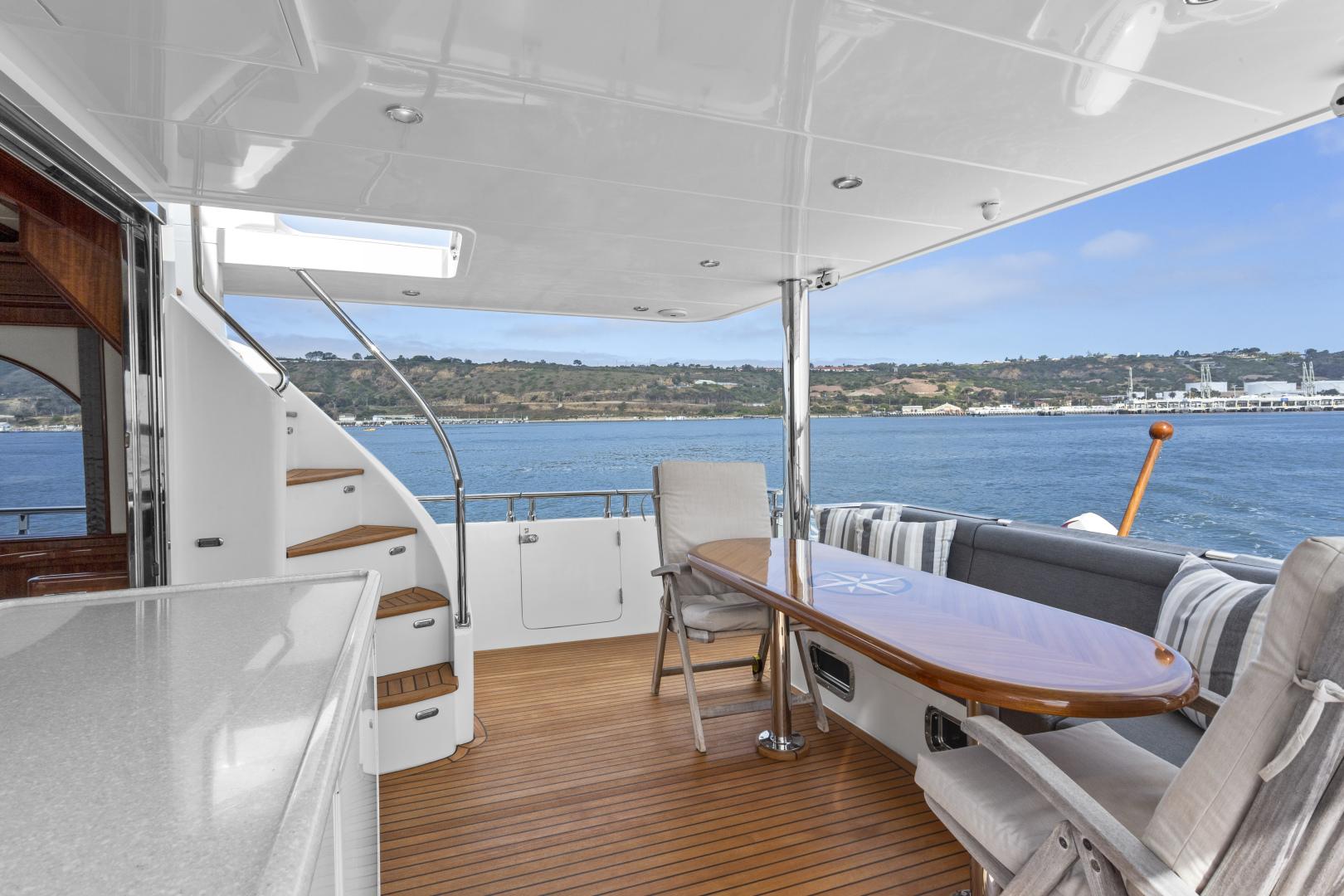 Hampton-76 Skylounge Motoryacht 2014-ODYSEA San Diego-California-United States-AFT DECK-1165180 | Thumbnail