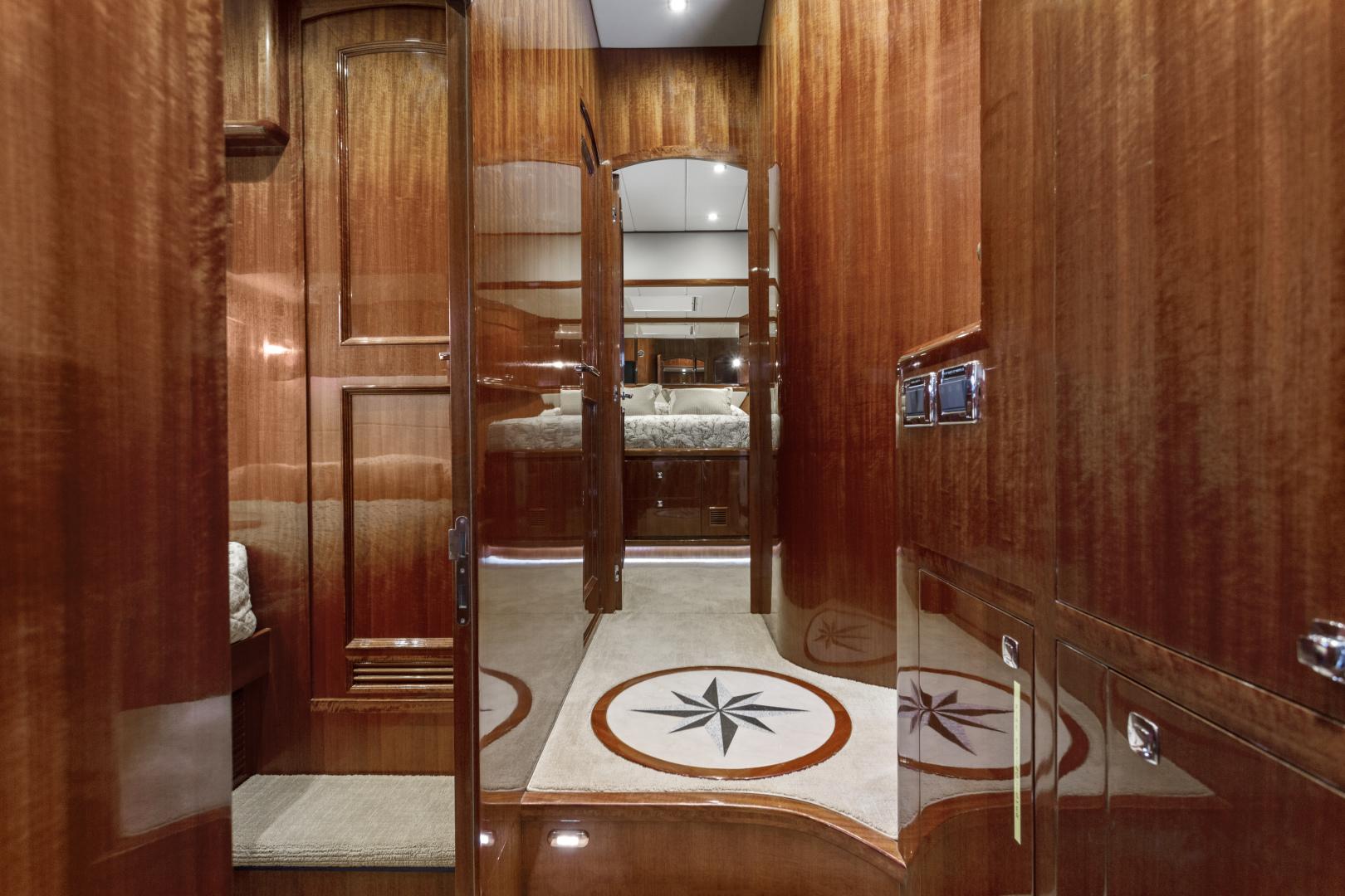 Hampton-76 Skylounge Motoryacht 2014-ODYSEA San Diego-California-United States-PASSAGEWAY-1165172 | Thumbnail