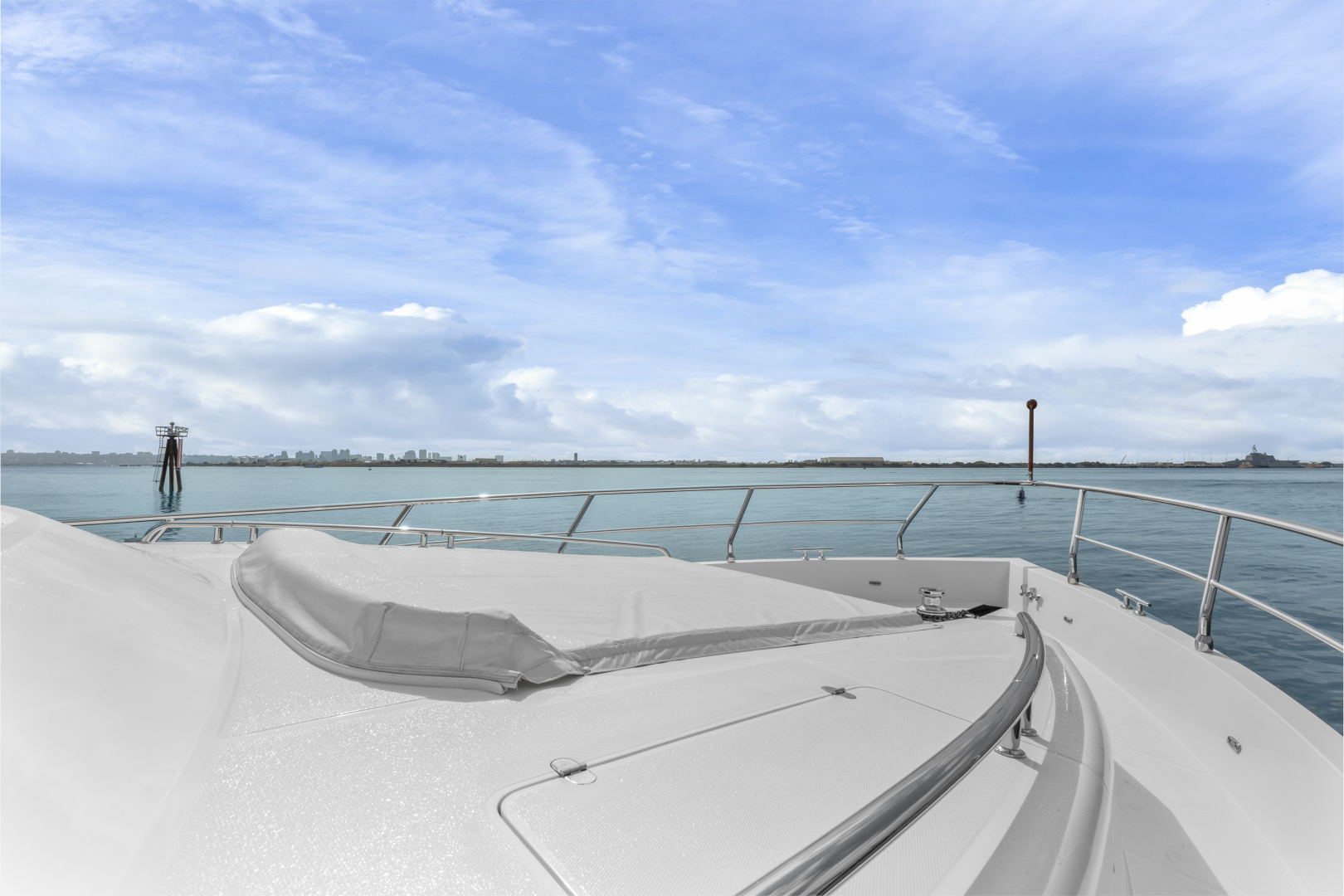 Hampton-76 Skylounge Motoryacht 2014-ODYSEA San Diego-California-United States-BOW-1165189 | Thumbnail