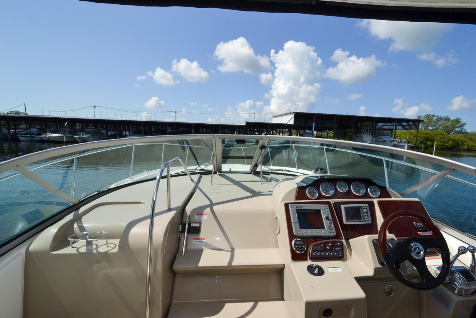 35' 2008 Sea Ray 330 Sundancer | Tampa Yacht Sales