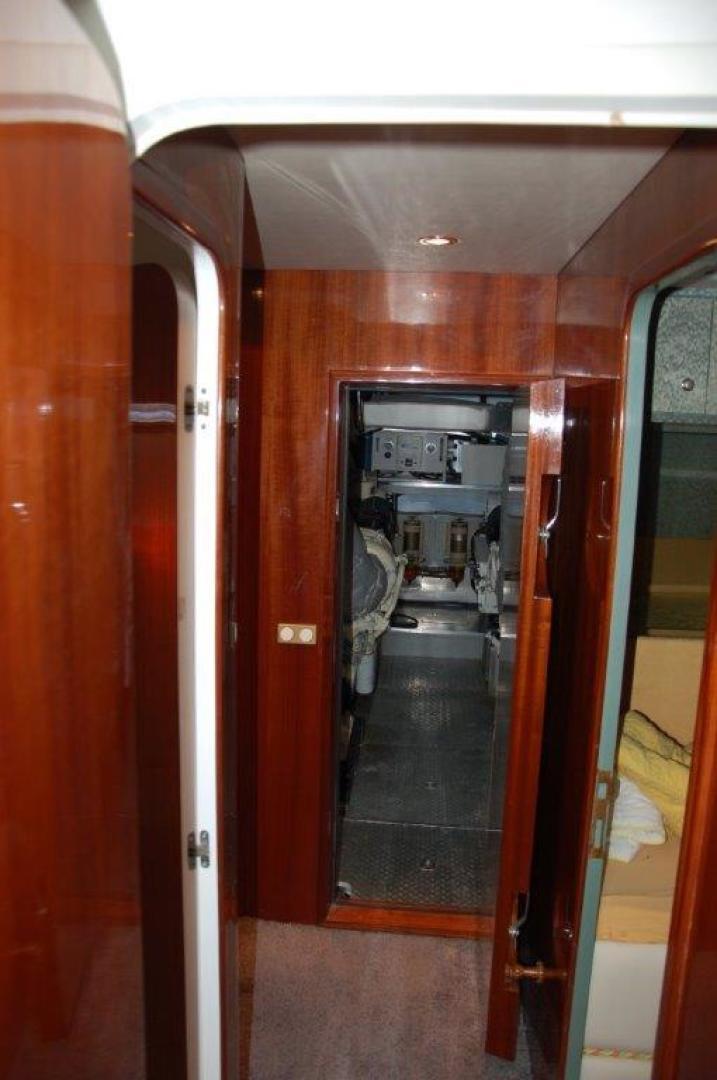 Elegance-70 Motor Yacht 1998 -Italy-1171283 | Thumbnail