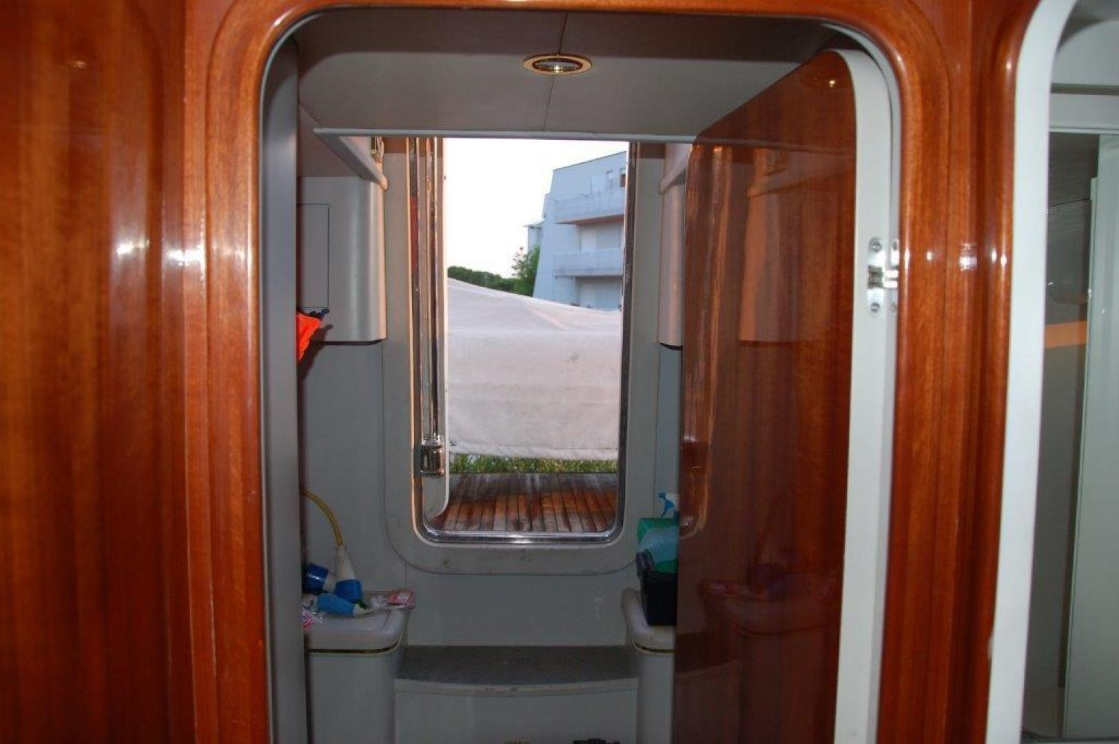 Elegance-70 Motor Yacht 1998 -Italy-1171284 | Thumbnail