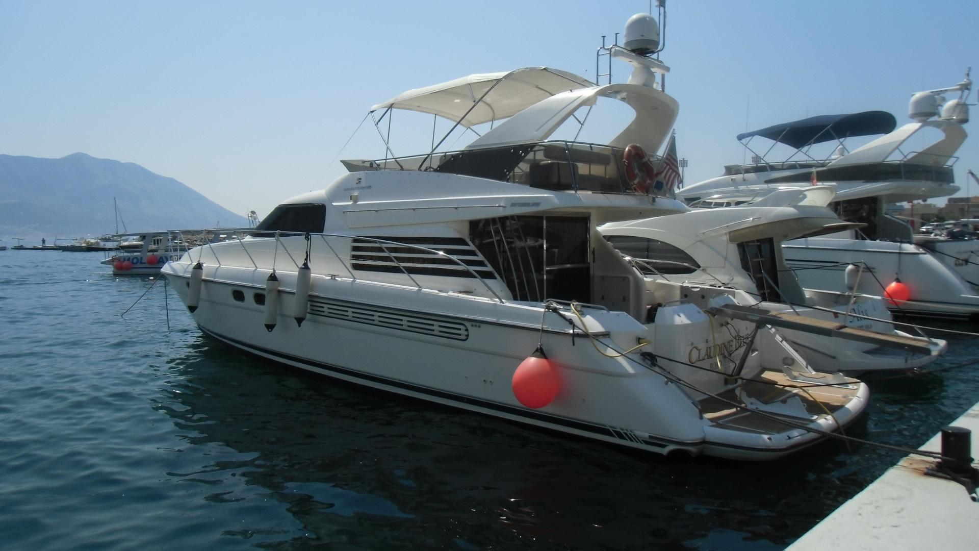 Picture Of: 58' Fairline Squadron 58 1997 Yacht For Sale | 2 of 11