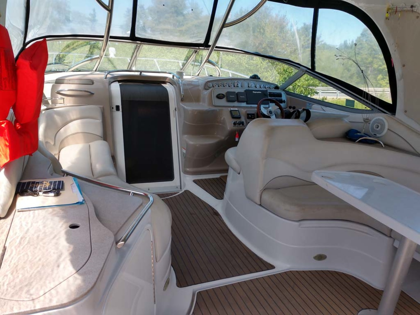 Larson-Cabrio 370 2007-My Tye XII Wiscasset-Maine-United States-Cockpit To Helm-1174465 | Thumbnail