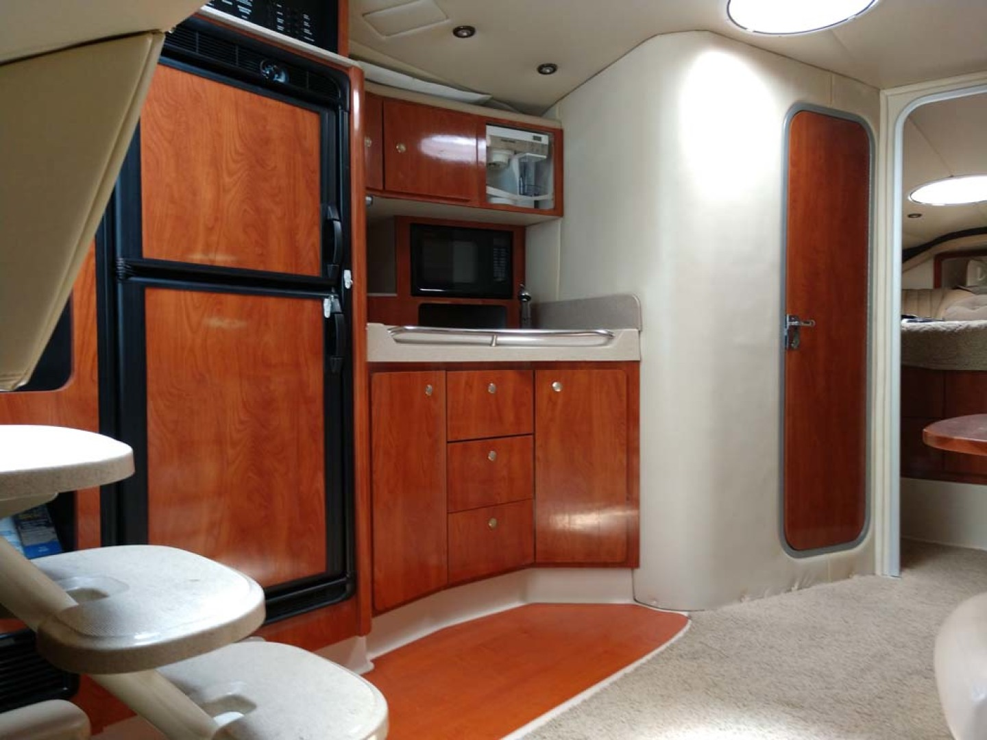 Larson-Cabrio 370 2007-My Tye XII Wiscasset-Maine-United States-Galley To Port-1174501 | Thumbnail