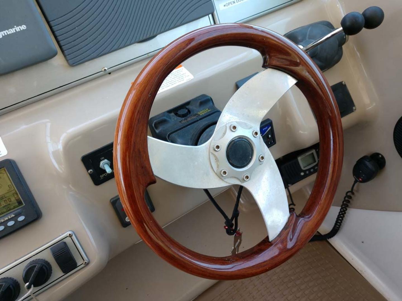 Larson-Cabrio 370 2007-My Tye XII Wiscasset-Maine-United States-Helm-1174469 | Thumbnail