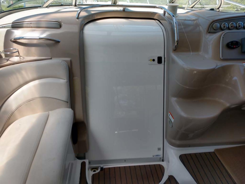 Larson-Cabrio 370 2007-My Tye XII Wiscasset-Maine-United States-Closed Companionway-1174479 | Thumbnail