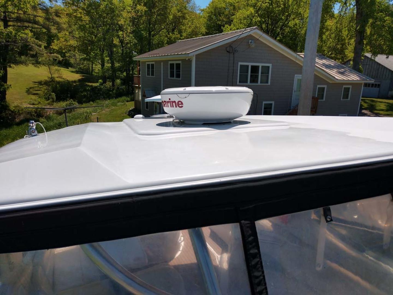 Larson-Cabrio 370 2007-My Tye XII Wiscasset-Maine-United States-Radar-1174478 | Thumbnail