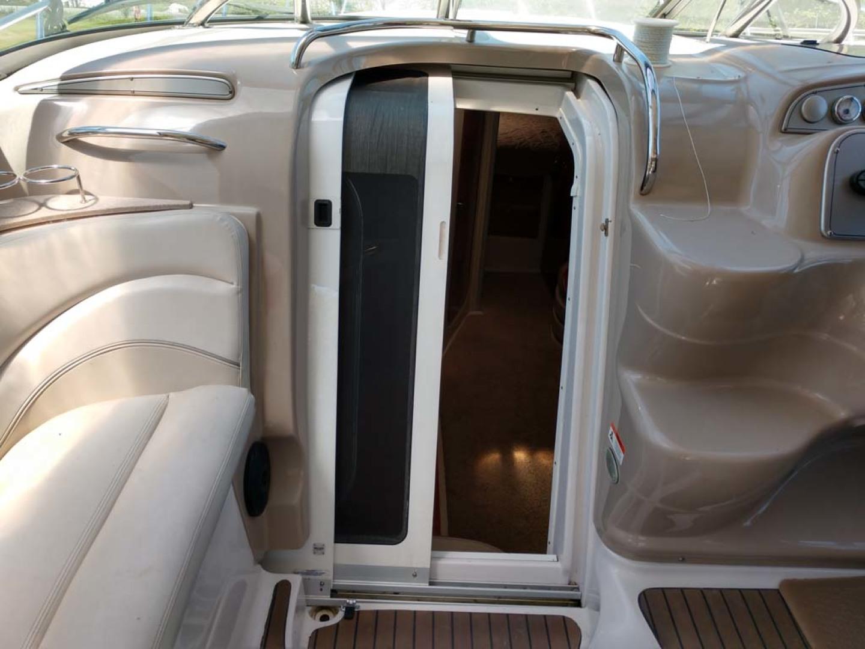 Larson-Cabrio 370 2007-My Tye XII Wiscasset-Maine-United States-Companionway-1174480 | Thumbnail