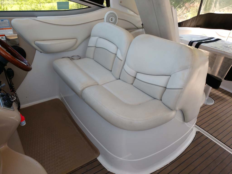 Larson-Cabrio 370 2007-My Tye XII Wiscasset-Maine-United States-Captains Seat-1174466 | Thumbnail