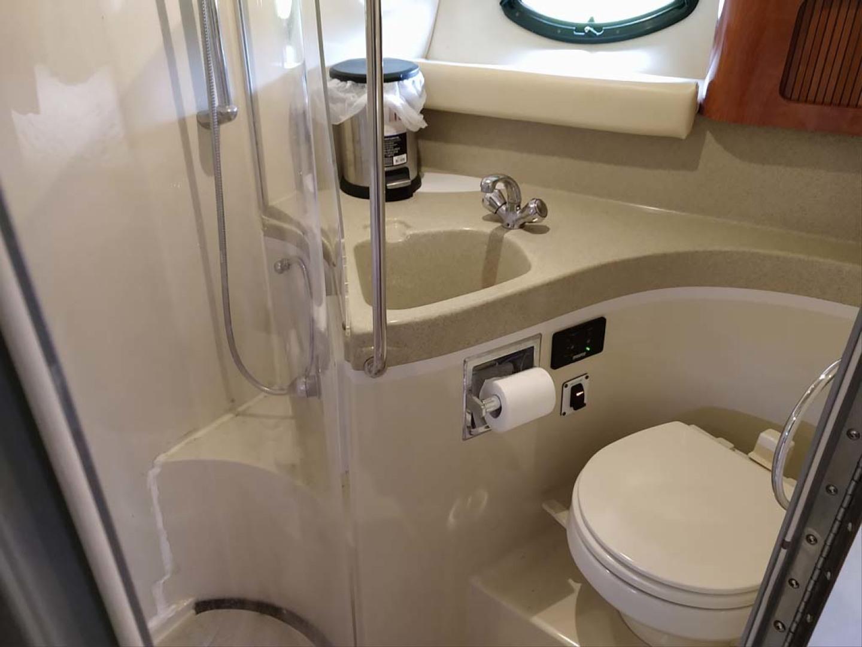Larson-Cabrio 370 2007-My Tye XII Wiscasset-Maine-United States-Head, Sink & Shower-1177100 | Thumbnail