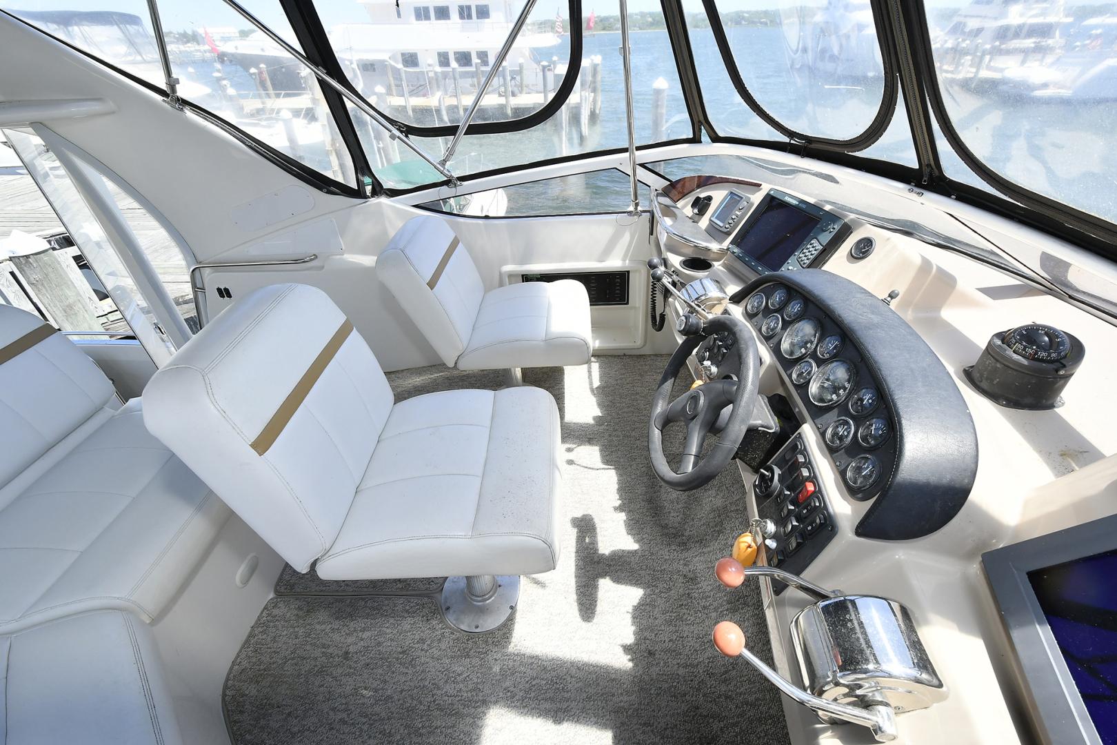 Carver-41 Cockpit Motor Yacht 2006-Uncle Joe Montauk-New York-United States-Helm Station-1175335   Thumbnail