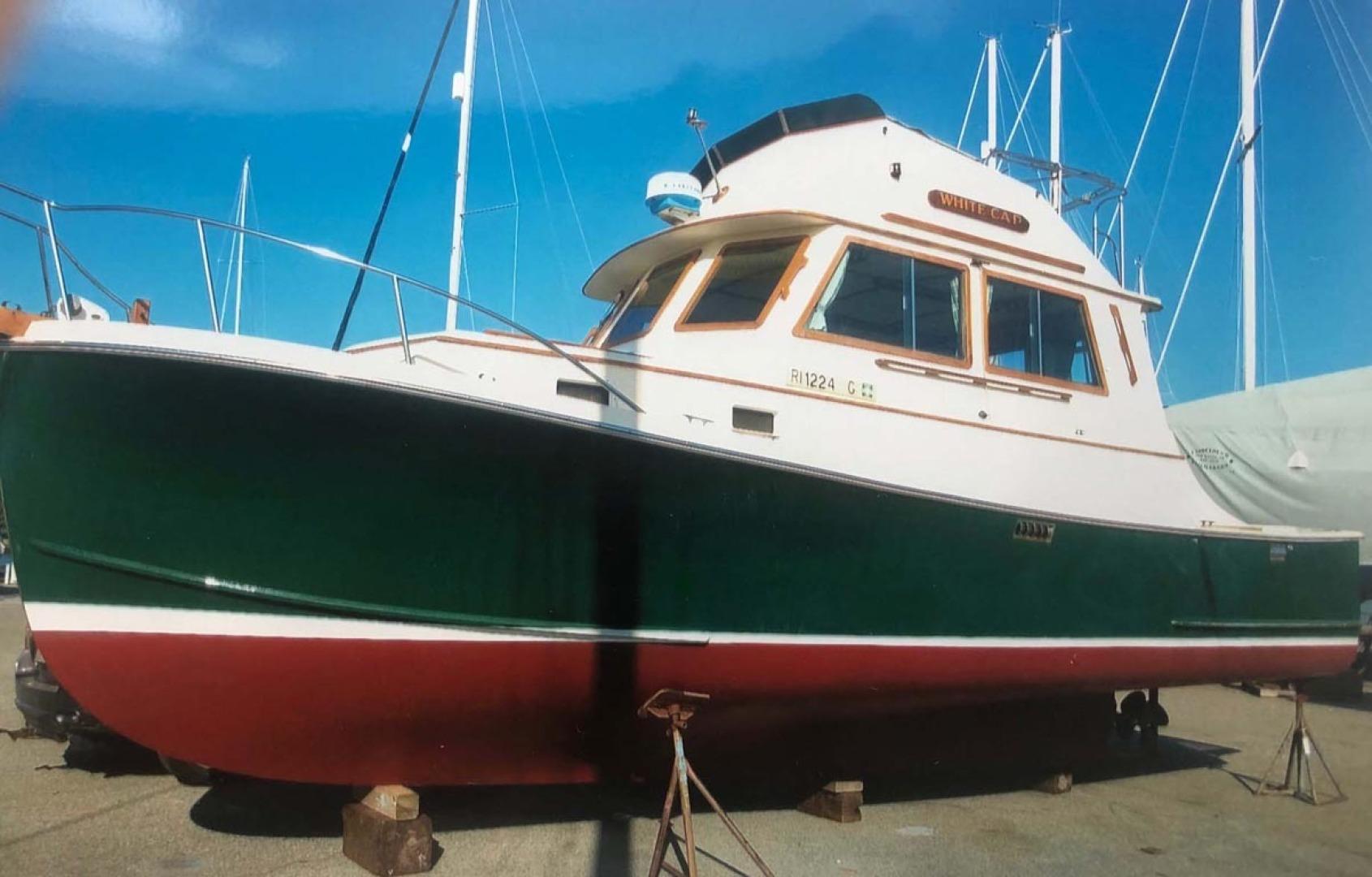 Blue Seas-31 Sedan 1983-White Cap Barrington-Rhode Island-United States-Port Side Profile_on The Hard-1429223   Thumbnail