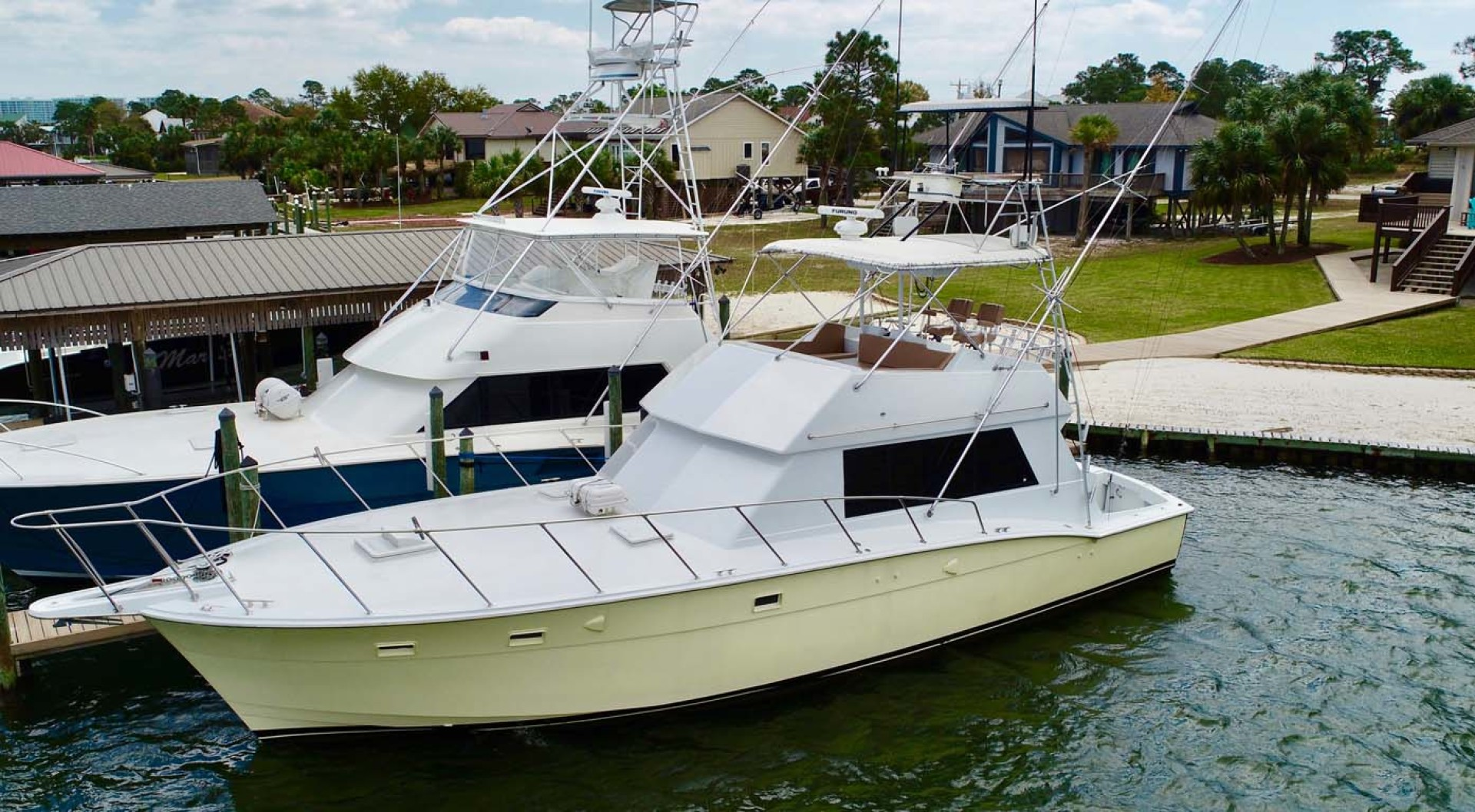 Hatteras-50 Convertible 1982-FATSO Orange Beach-Alabama-United States-30 Port Bow Qtr   Docked-1179284 | Thumbnail