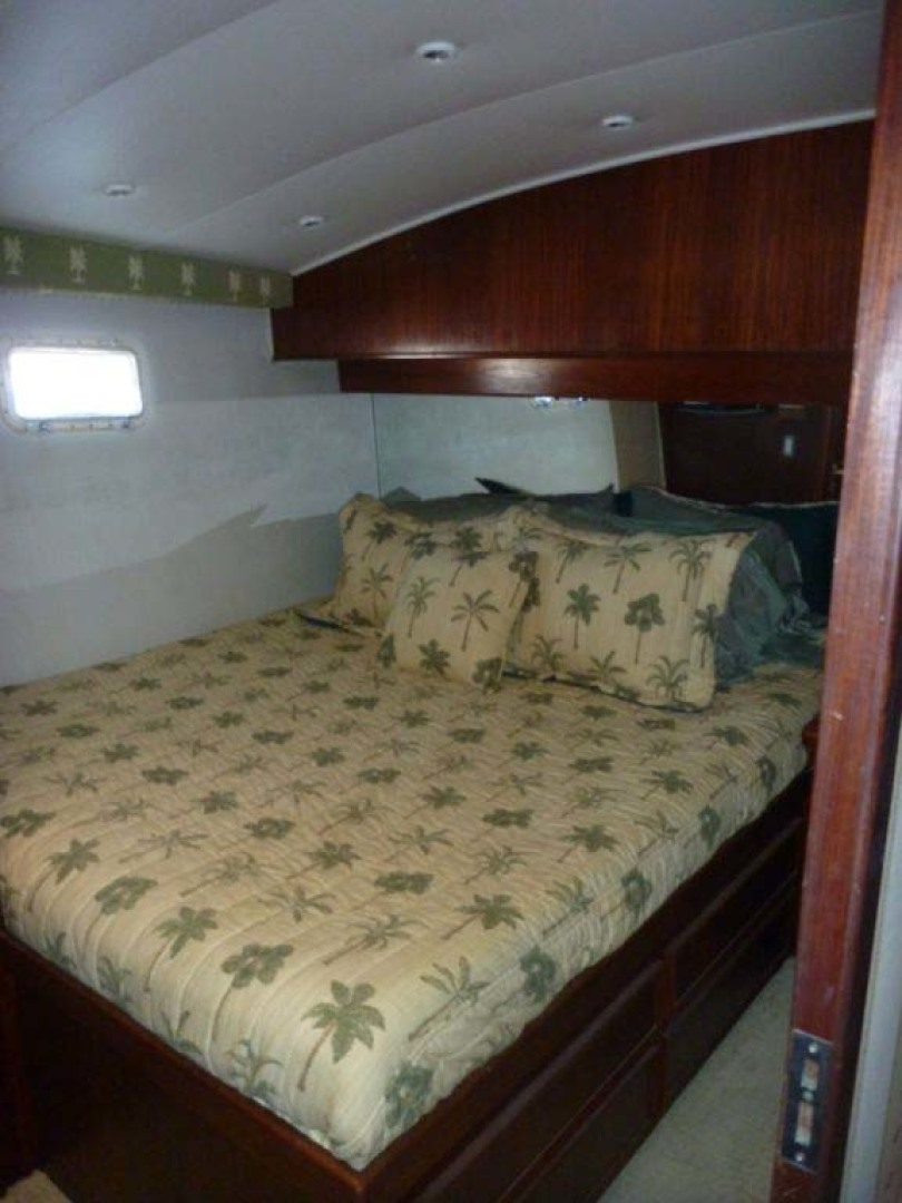 Hatteras-50 Convertible 1982-FATSO Orange Beach-Alabama-United States-20 Master Stateroom-1179275 | Thumbnail