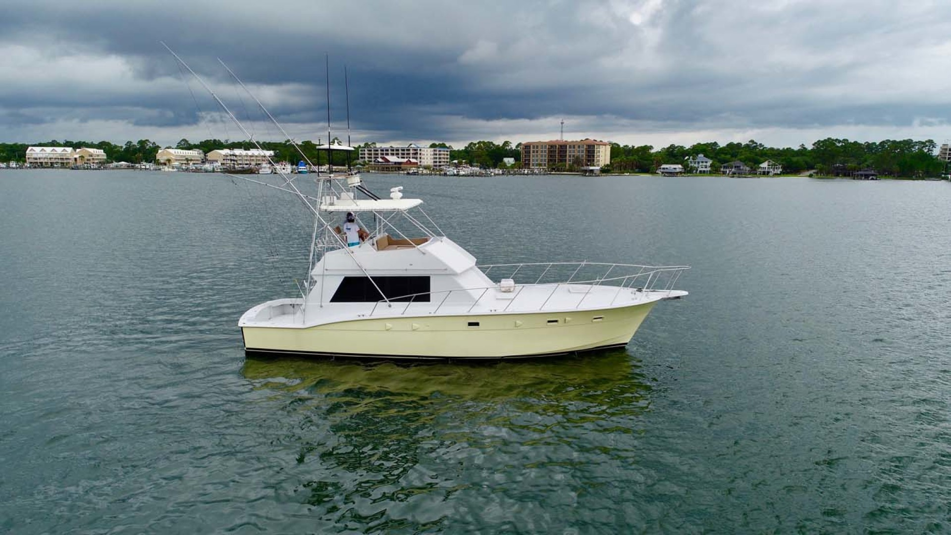 Hatteras-50 Convertible 1982-FATSO Orange Beach-Alabama-United States-2 Stbd   In Water-1179257 | Thumbnail