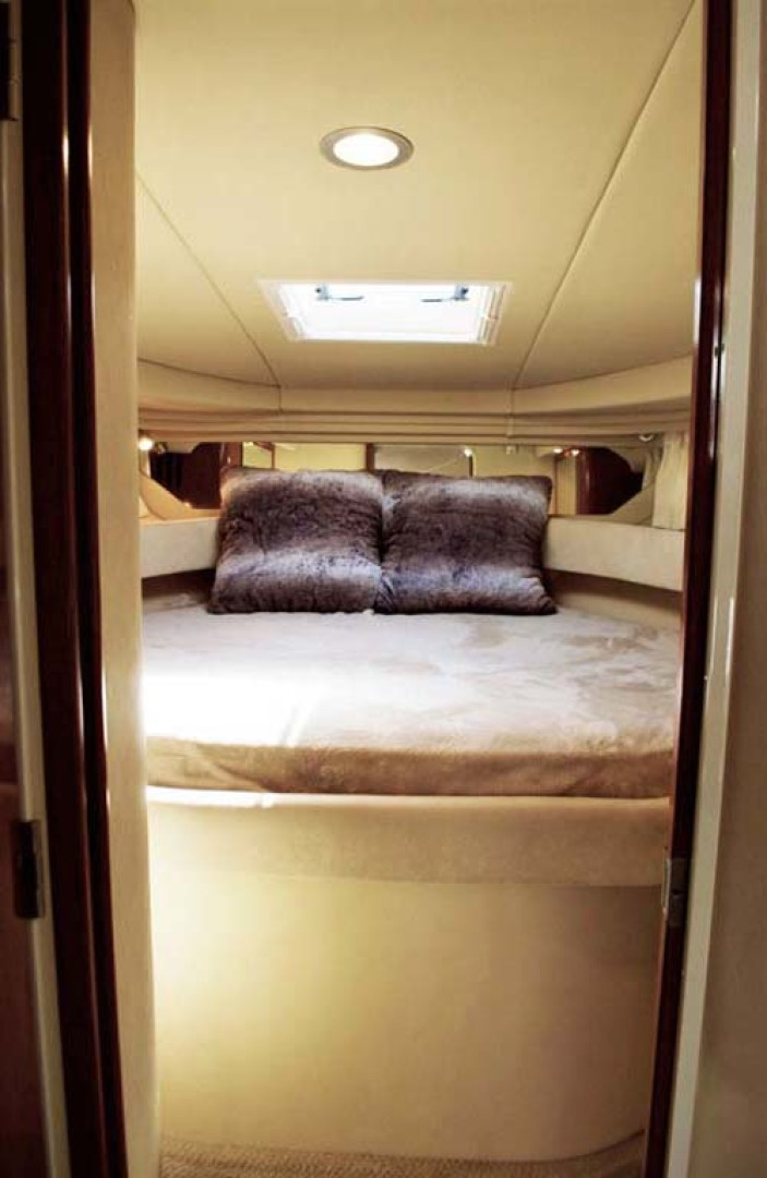 Sea Ray-380 Sundancer 2004-The Gumar II Freeport-New York-United States-Master Stateroom-1181072 | Thumbnail