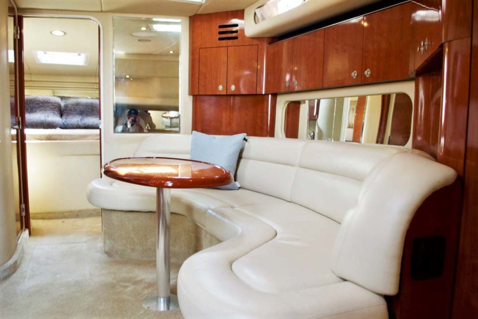 Sea Ray-380 Sundancer 2004-The Gumar II Freeport-New York-United States-Dinette-1181066 | Thumbnail