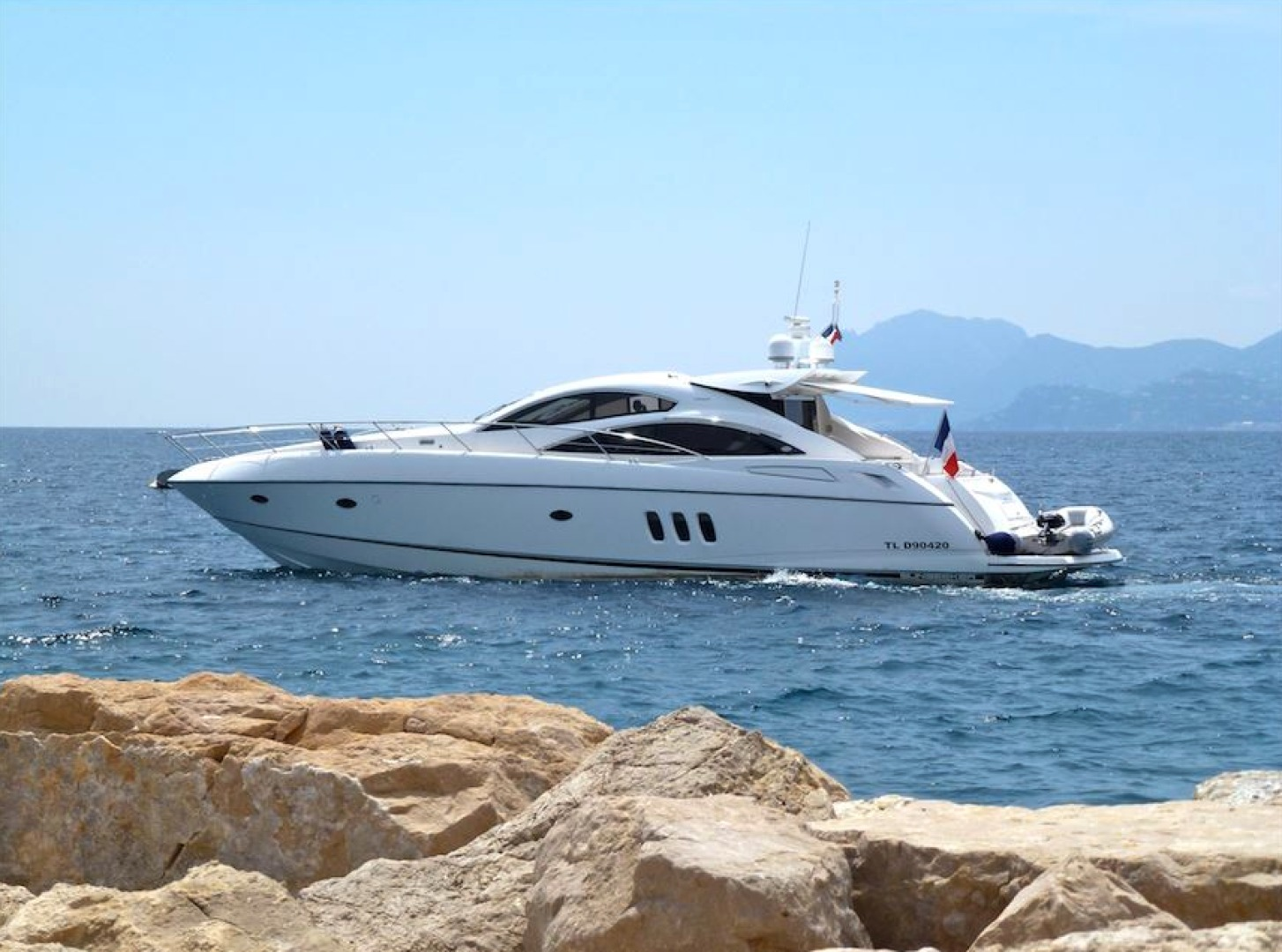 Picture Of: 64' Sunseeker Predator 62 2006 Yacht For Sale | 1 of 18