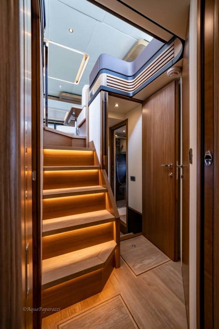 Absolute-52 Navetta 2017-Ohana North Palm Beach-Florida-United States-Stairs To Staterooms-1189328 | Thumbnail