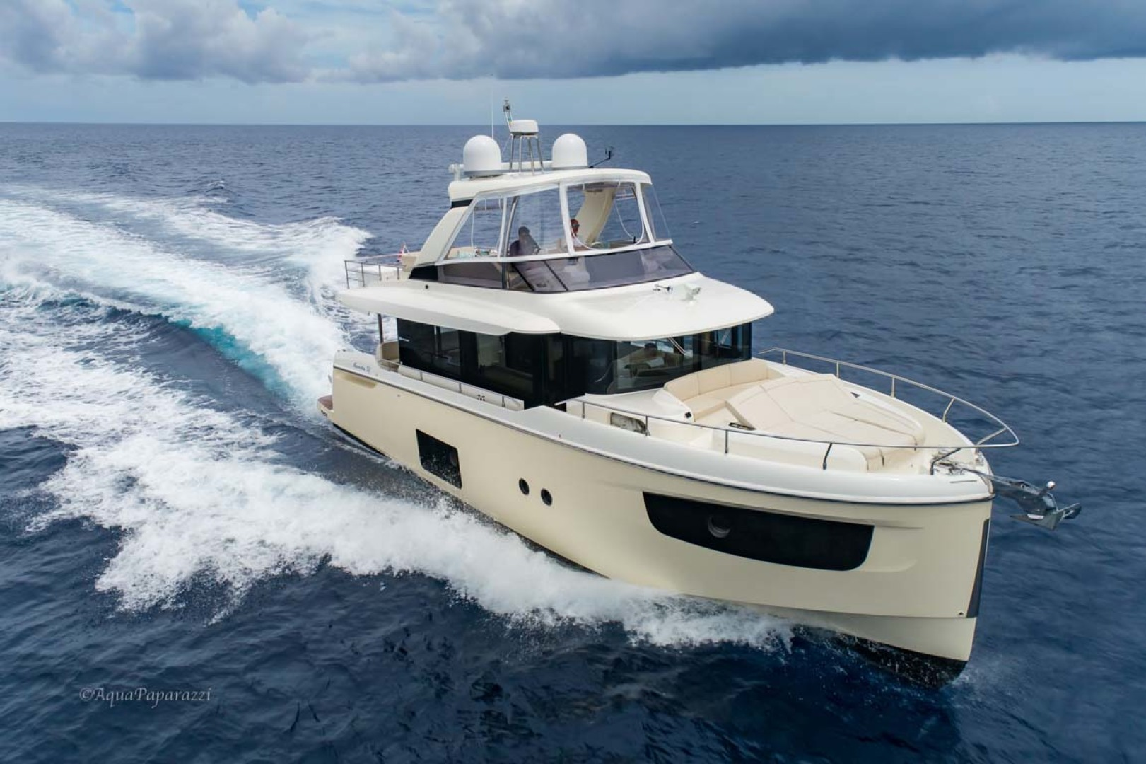 Absolute-52 Navetta 2017-Ohana North Palm Beach-Florida-United States-Starboard Side Running-1189380 | Thumbnail