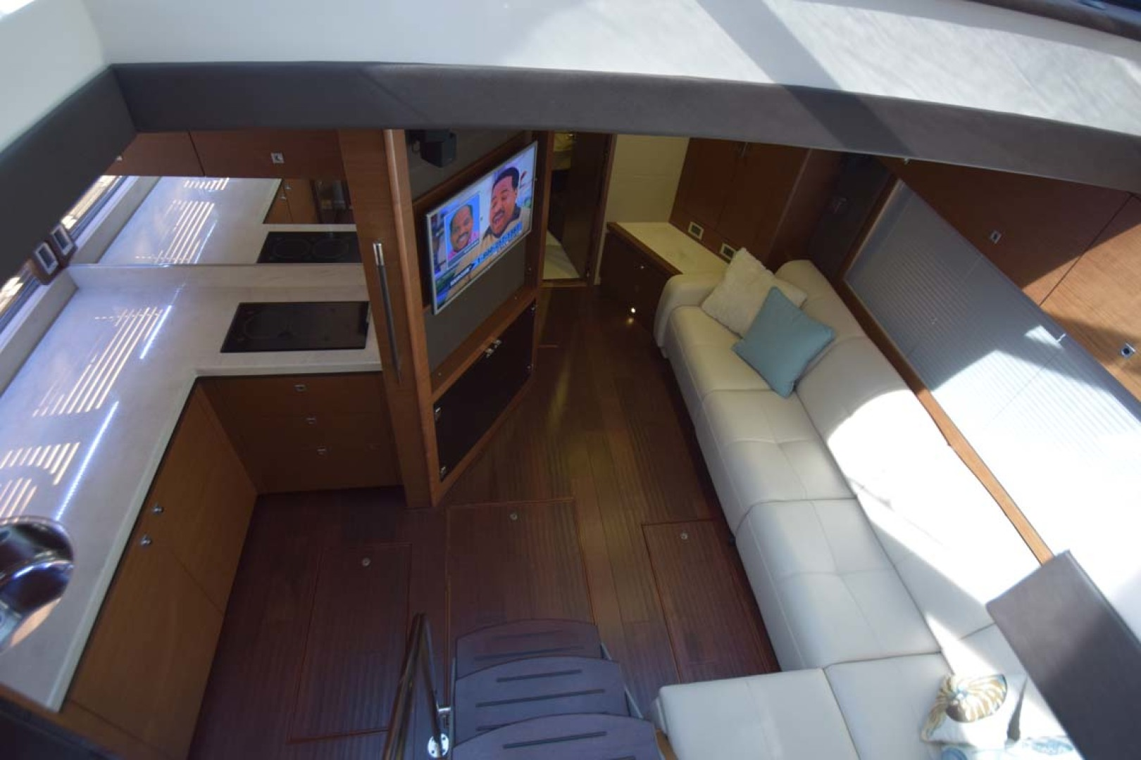 Sea Ray-510 Sundancer 2015 -Ft Lauderdale-Florida-United States-Lower Salon And Galley Overview-1189928 | Thumbnail
