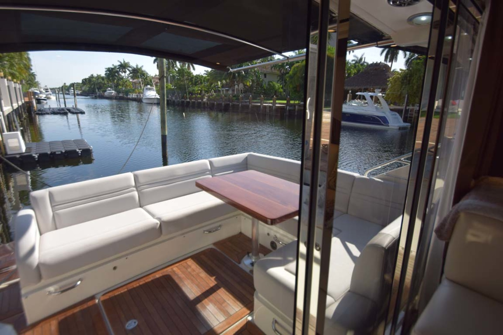 Sea Ray-510 Sundancer 2015 -Ft Lauderdale-Florida-United States-Aft Deck View From Salon Door-1189919 | Thumbnail
