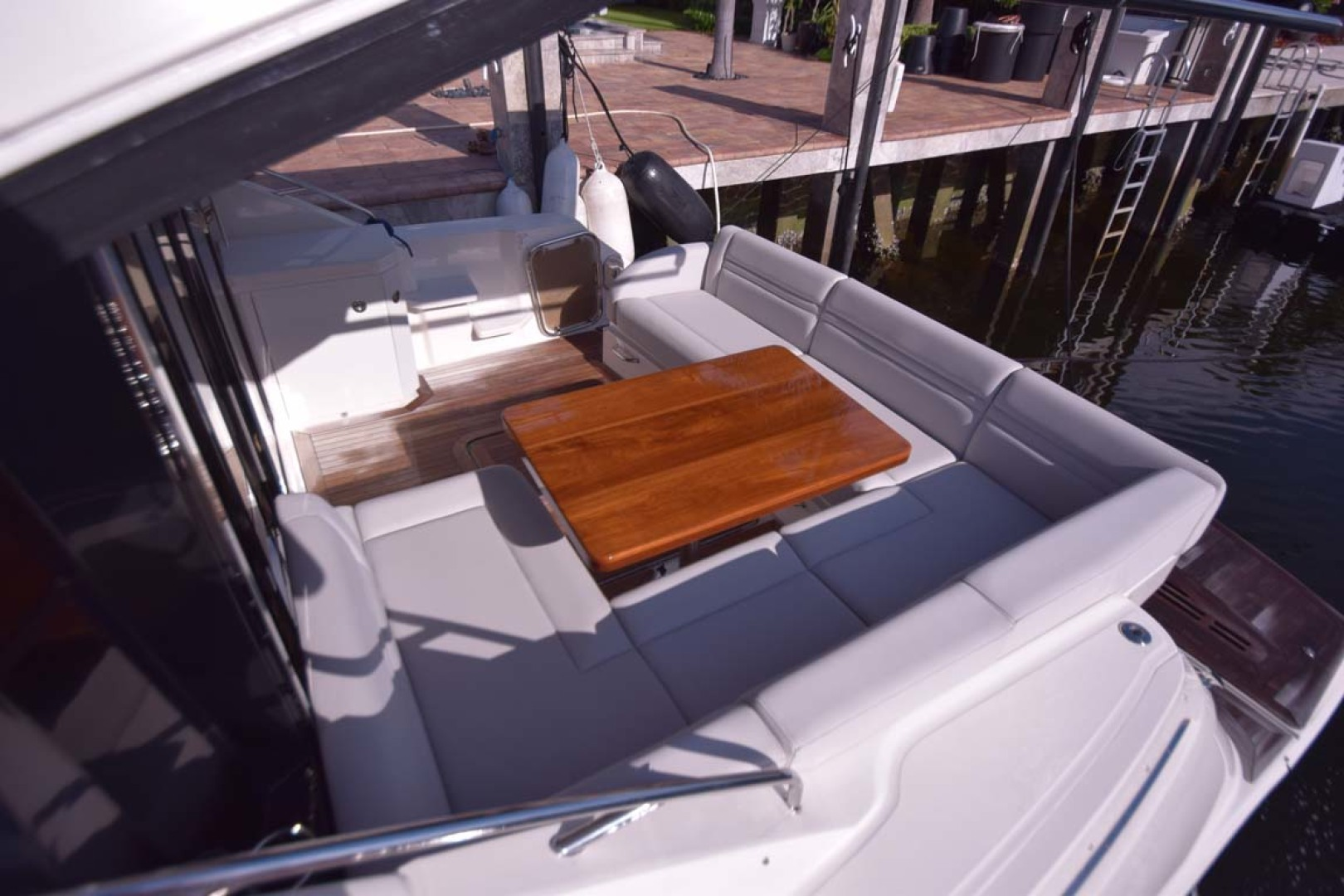 Sea Ray-510 Sundancer 2015 -Ft Lauderdale-Florida-United States-Aft Deck Seating From Starboard Side-1189914 | Thumbnail